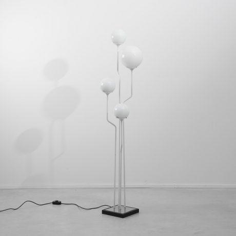 Goffredo Reggiani globes floor lamp