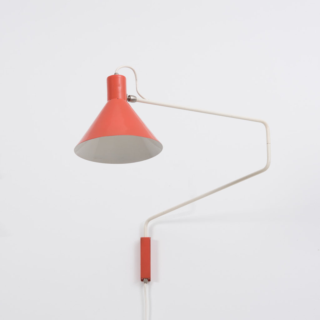 Hoogervorst for Anvia Paperclip Wall Lamp | Béton Brut