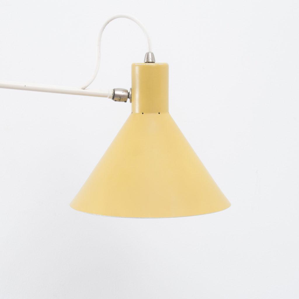 JJM Hoogervorst paperclip wall lamp | Béton Brut