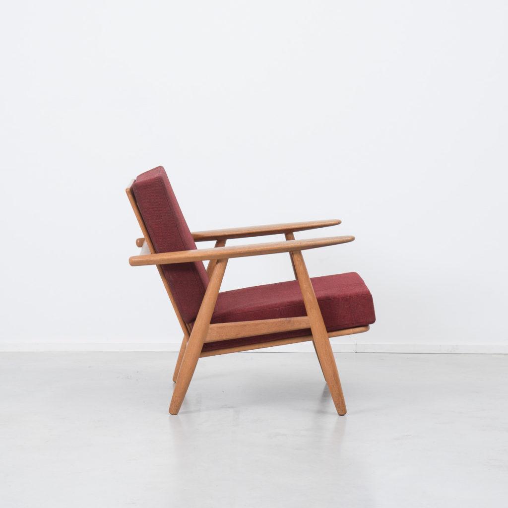 Hans J Wegner cigar chair