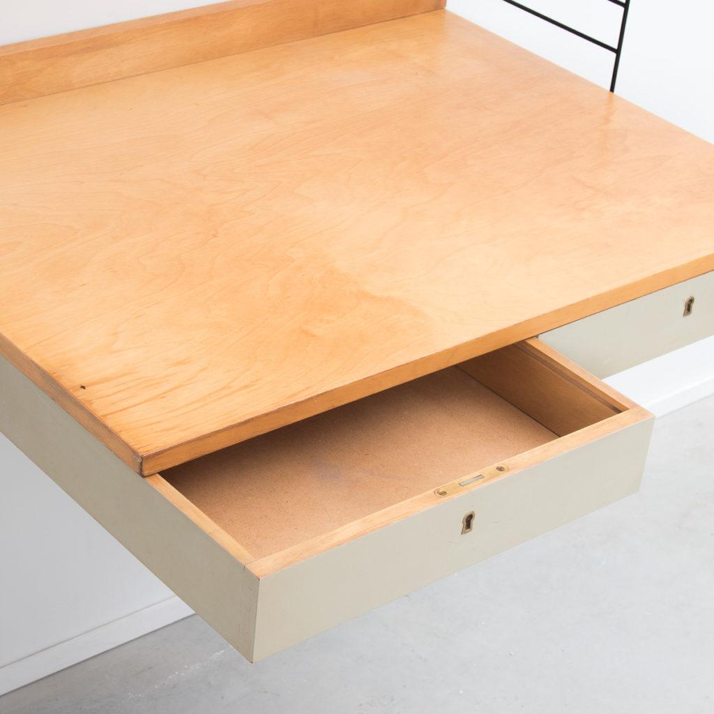 nisse strinning wall mounted desk b ton brut. Black Bedroom Furniture Sets. Home Design Ideas