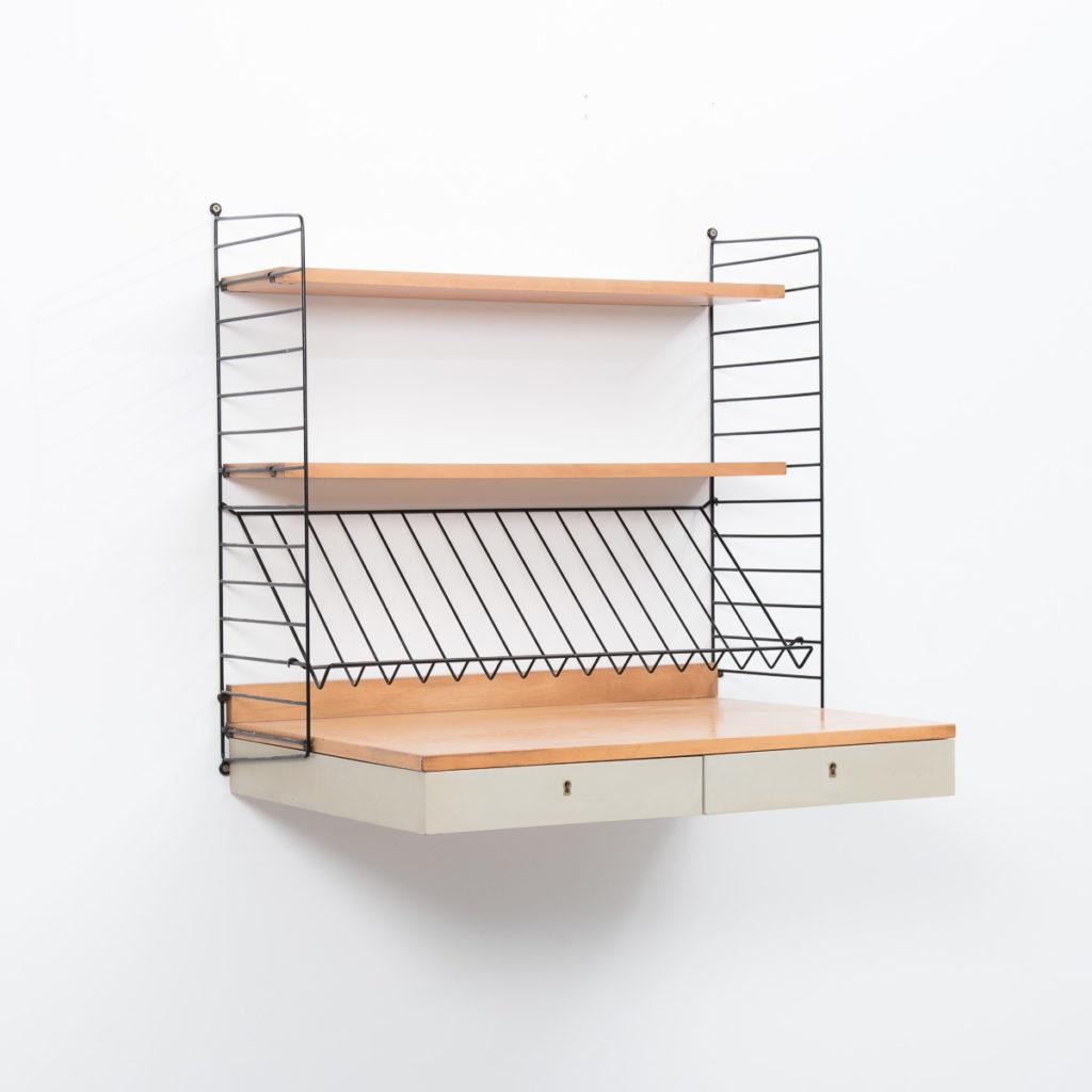 Nisse Strinning nisse strinning wall mounted desk béton brut