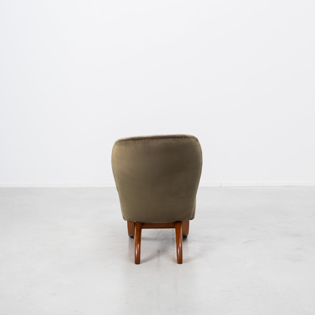 Theo Ruth Congo chair in green velvet