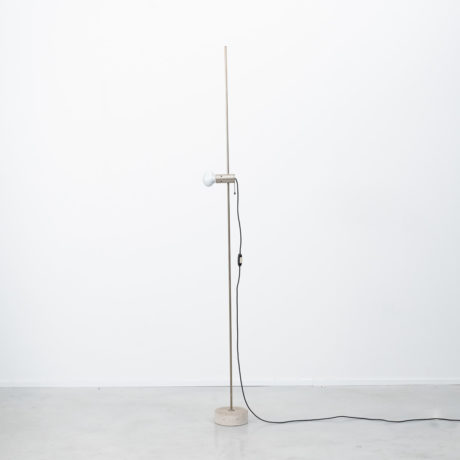 Tito Agnoli 387 floor lamp