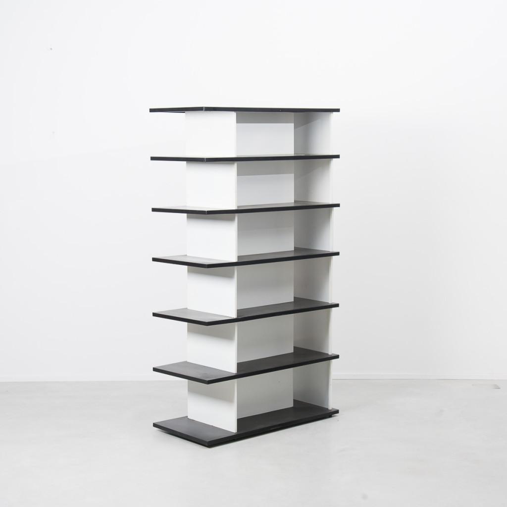 Wim Rietveld De Bijenkorf bookcase