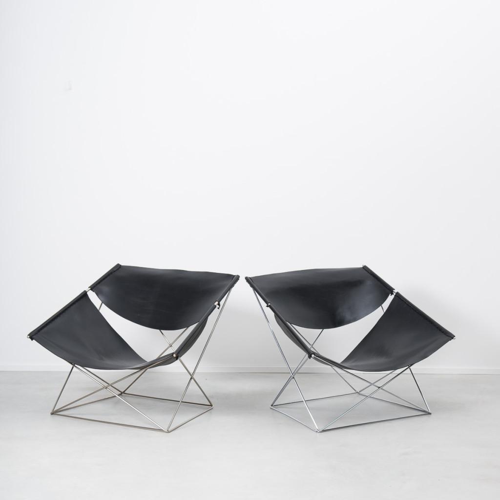 Pierre Paulin Butterfly F675 chairs