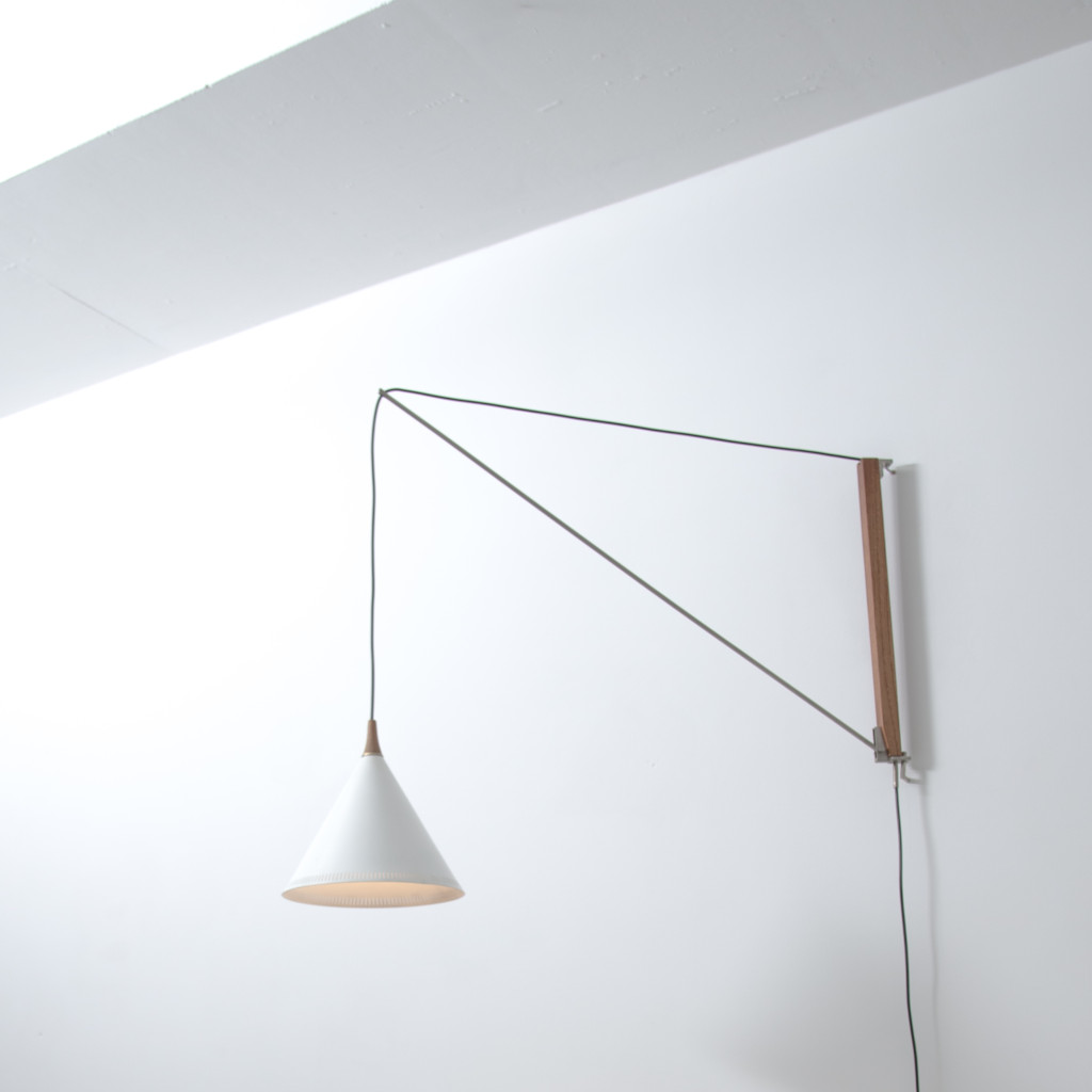 Willem Hagoort Arc wall lamp
