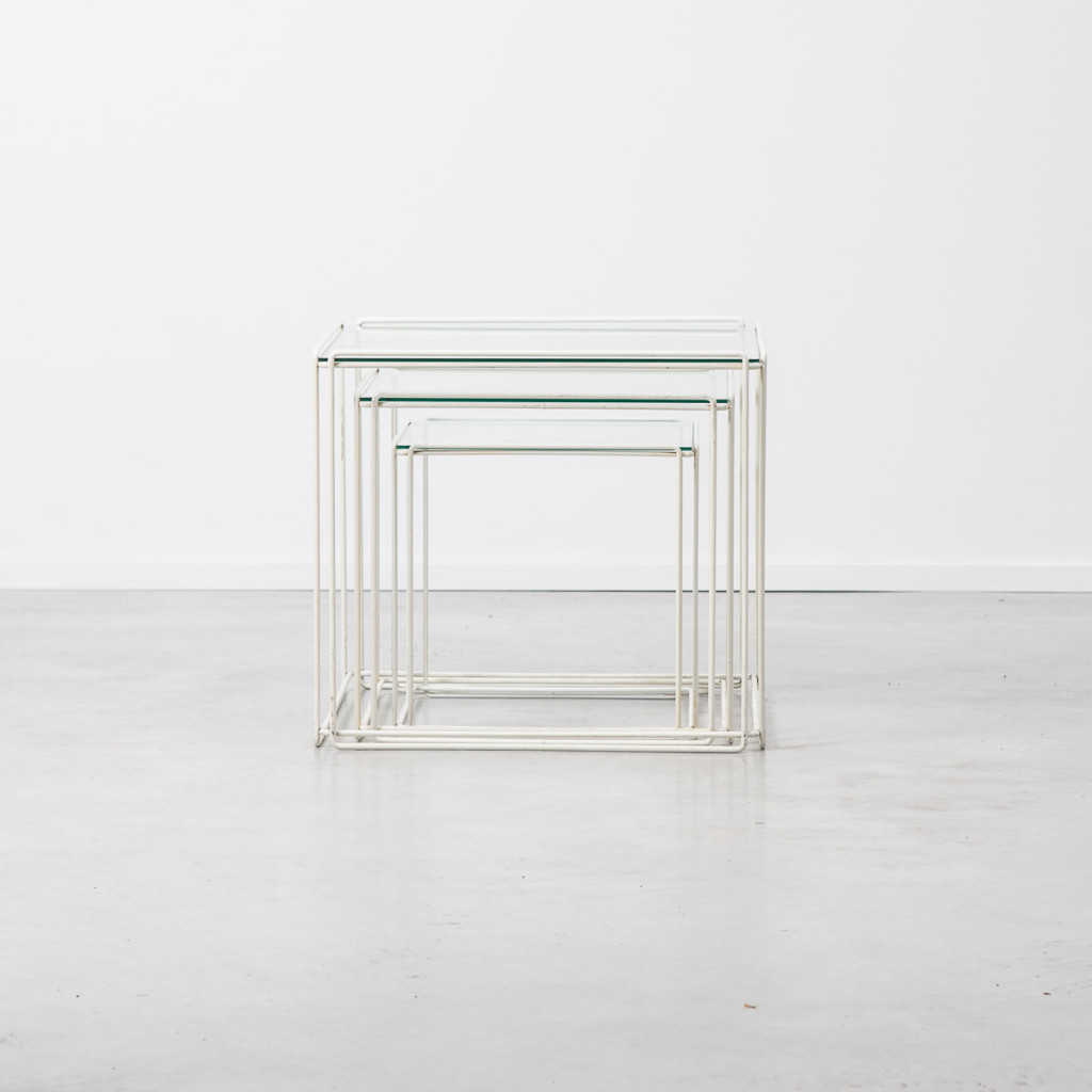 Max Sauze Nesting tables