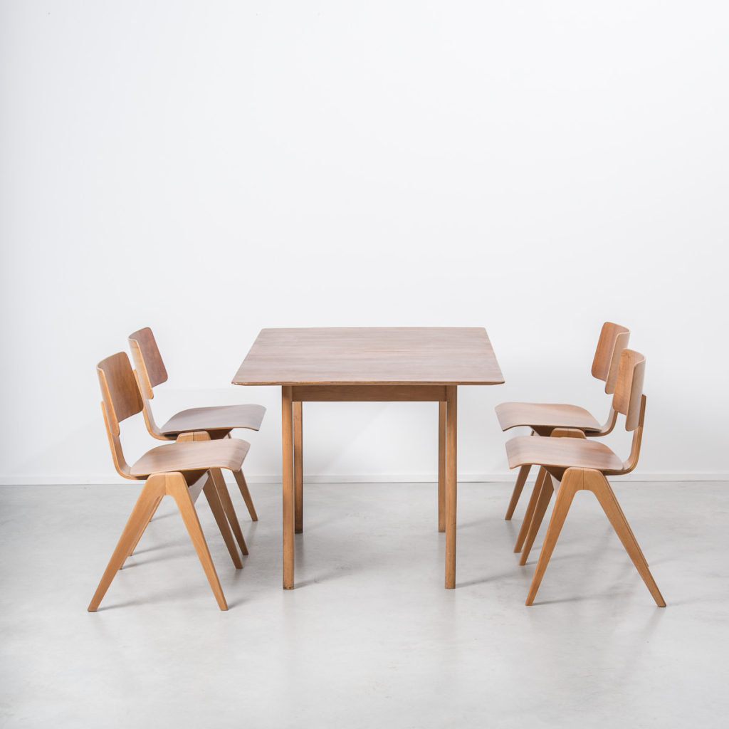 Robin Day Hillestak dining set