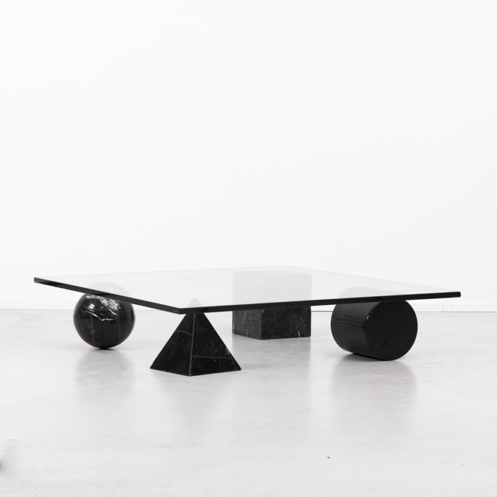 Vignelli metafora table in black