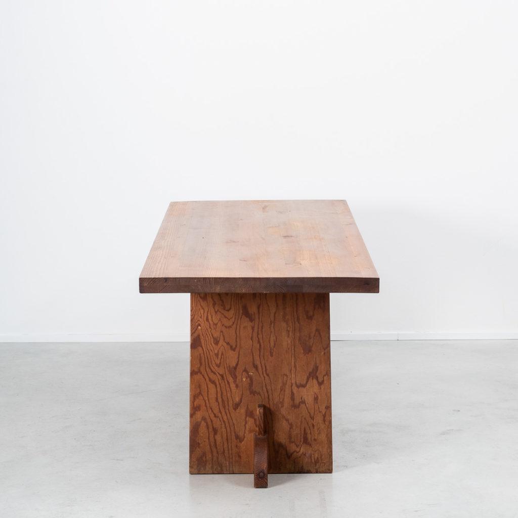 Axel Einar Hjorth Lovö table
