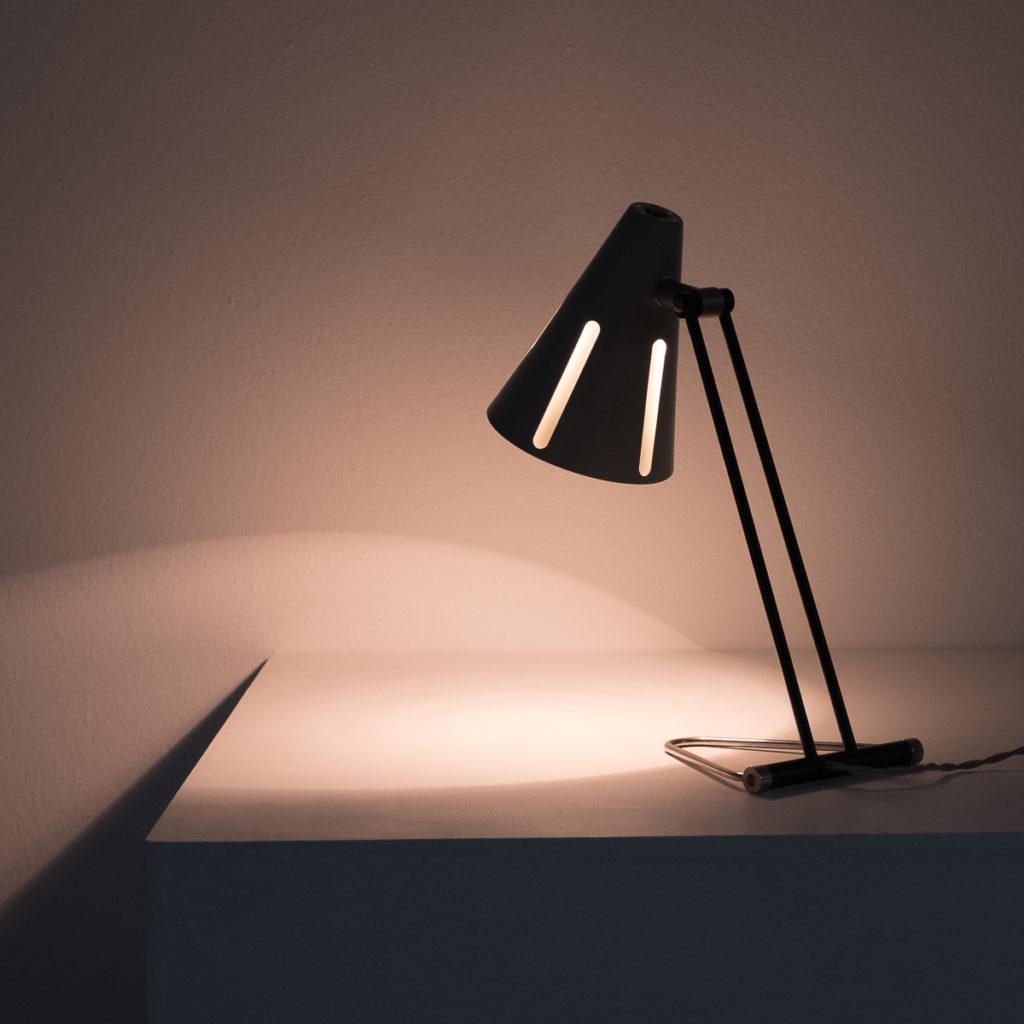 Sun series table lamp