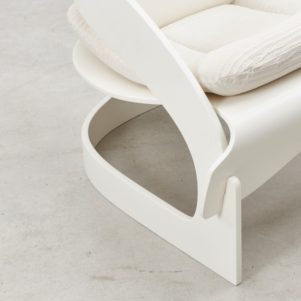 Joe Colombo white 4801 chair