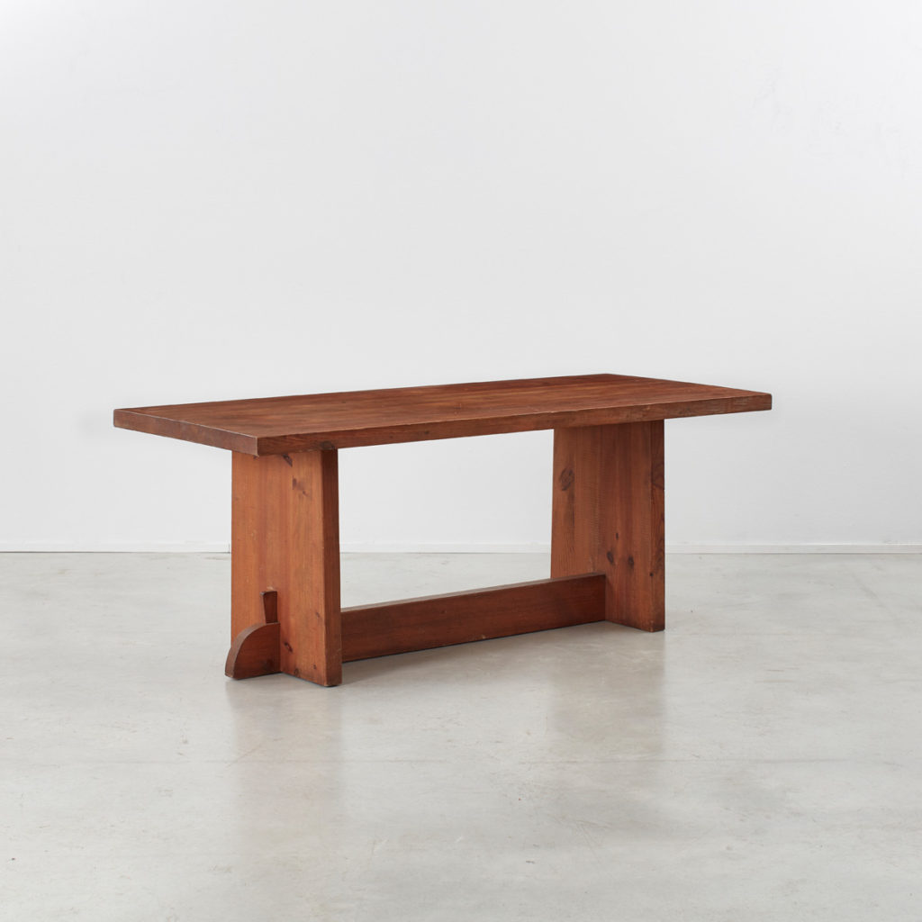 Axel Einar Hjorth Lovö table