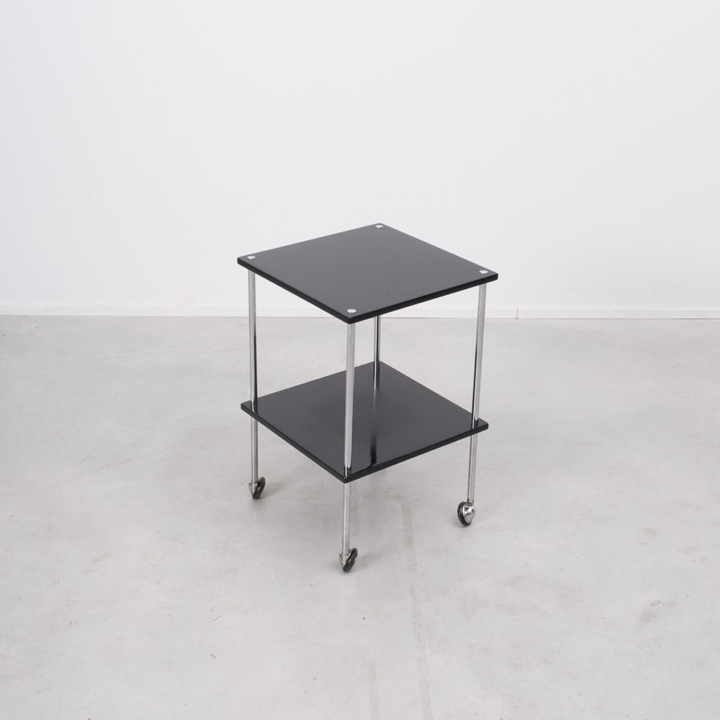 Dominioni style trolley tables