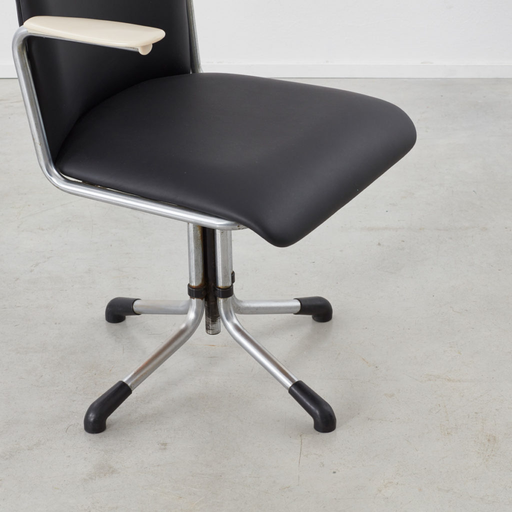 Willem H Gispen 356 office chair