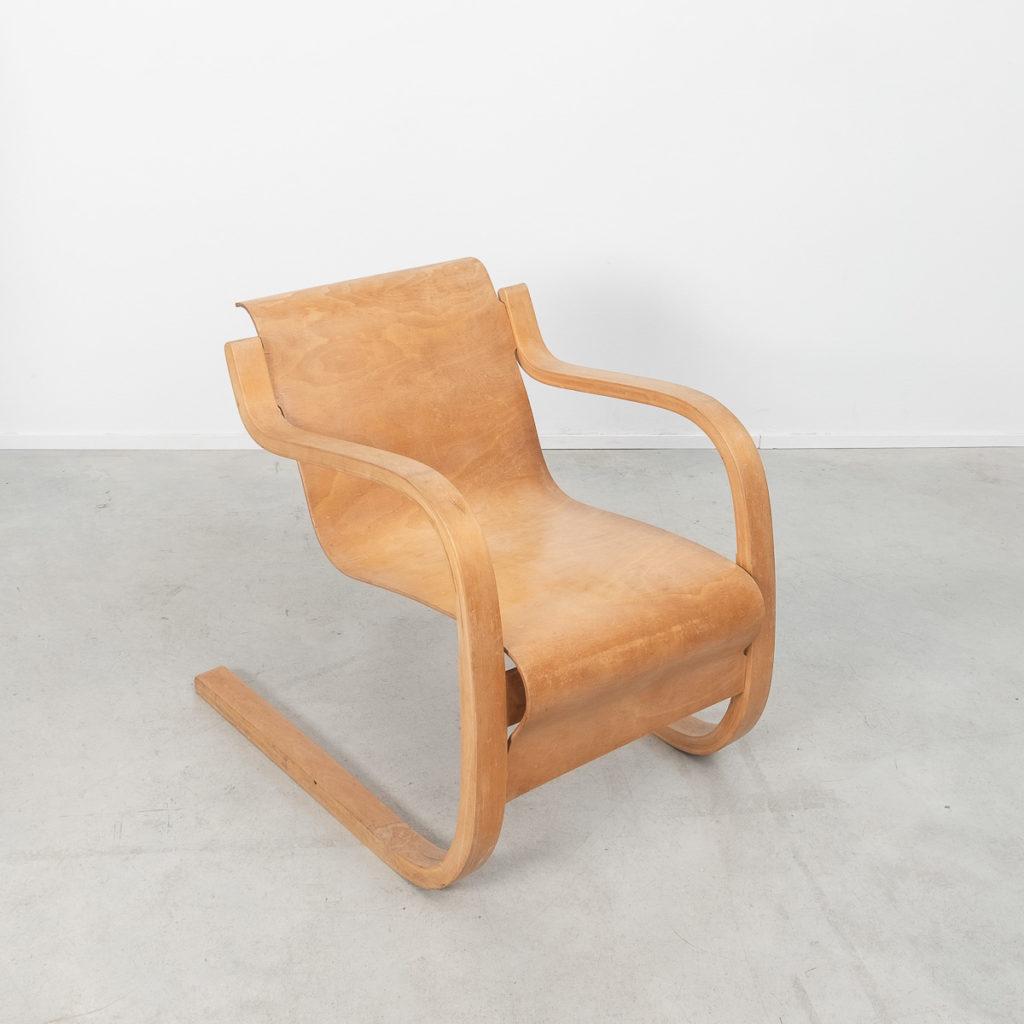 Alvar Aalto 31 lounge chair