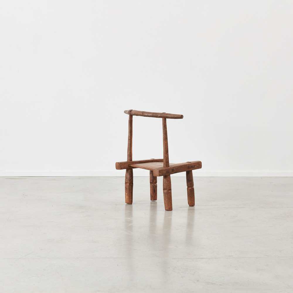 African Baoulé chair