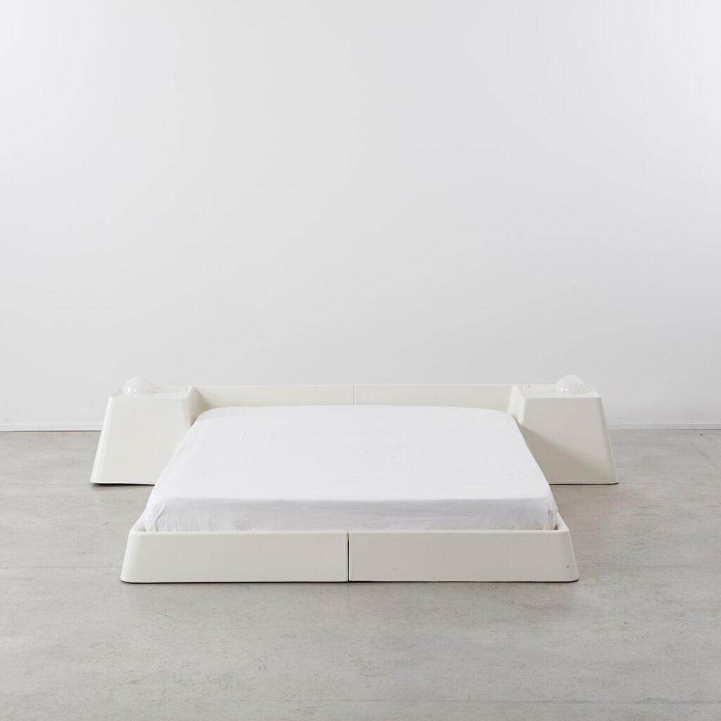 Marc Held fibreglass bed