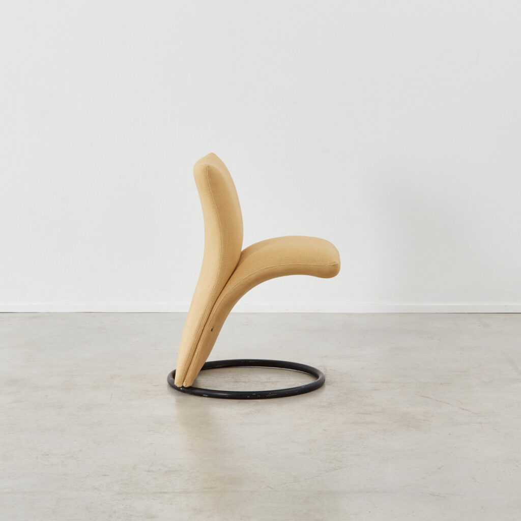 Four Pompeo Fumagalli chairs