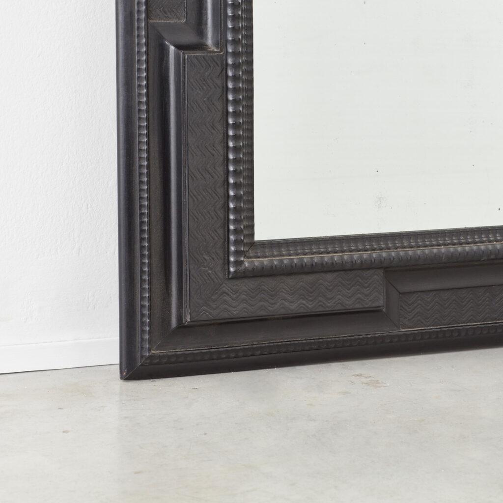 Large ripple-frame mirror