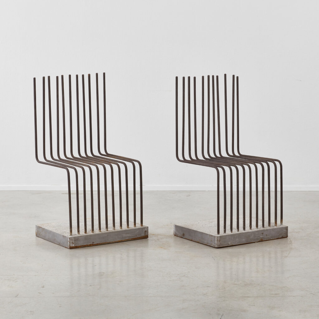 Heinz Landes Solid chairs